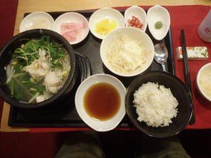 アンヘルスの日本食堂『大阪』のふぐちり定食