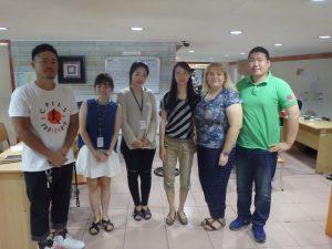 日本、韓国、台湾、ベトナム、中国、ロシアの多国籍マネージャーが在籍するセブの語学学校