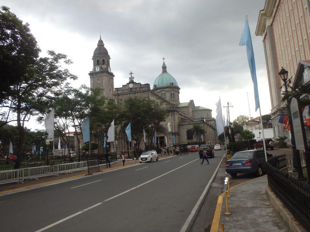 フィリピンカトリックの総本山マニラ大聖堂