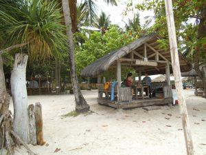パンダン島のバンガロー