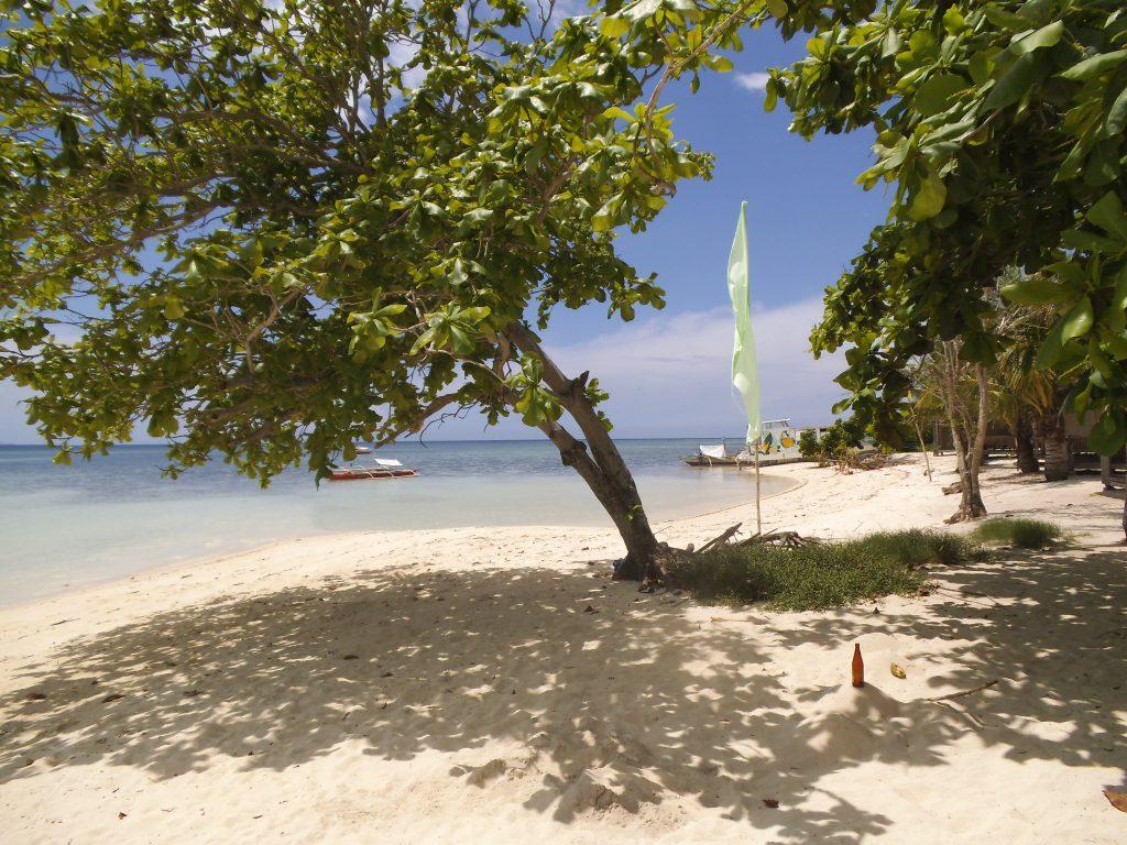 パラワンアイランドホッピングのベストスポットのひとつパンダン島