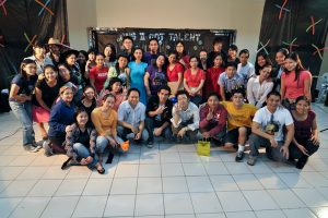 CNSII講師とスタッフ全員と生徒の写真