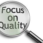 Focus on qualityと書かれたボード