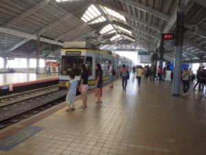 MRTセントラル駅プラットフォーム