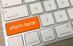 Short Termと書かれているキーボード