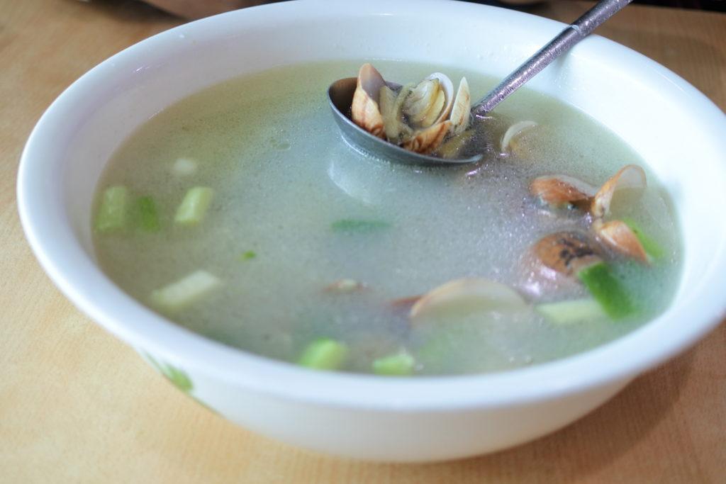 あさりのスープ