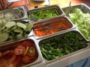 食事毎に提供される食事毎の生野菜