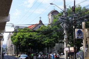 サン・アグスティン教会の全景