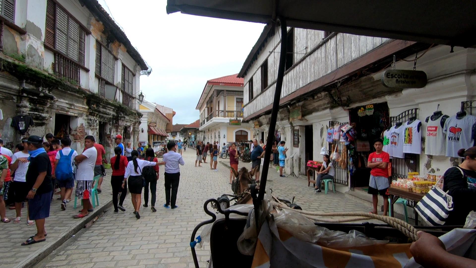 世界遺産の街ビガンを馬車で回る