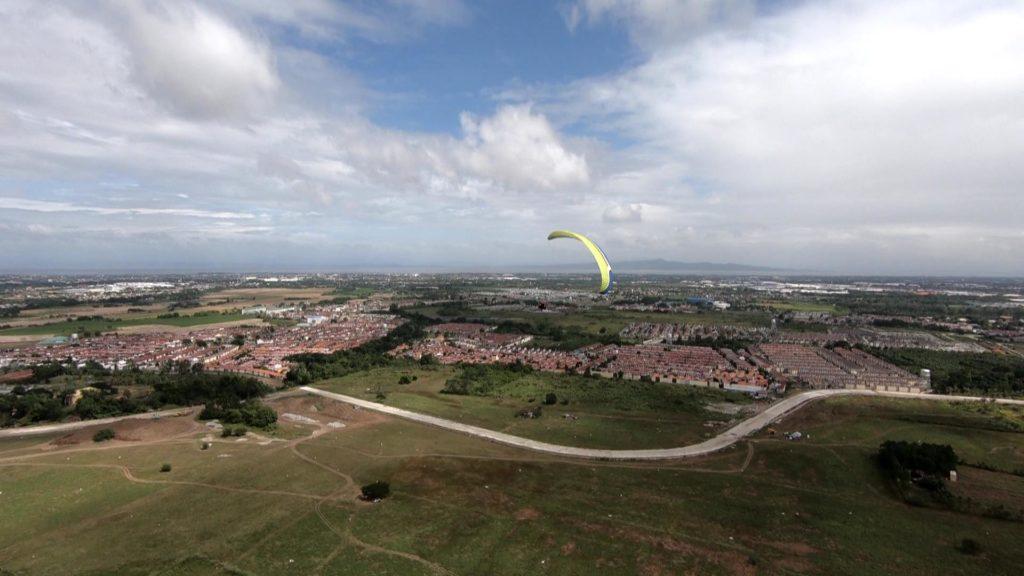 パラグライダーからの空撮