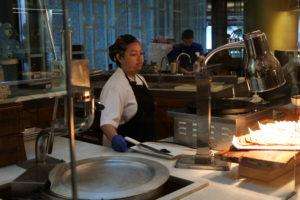 調理場の女性