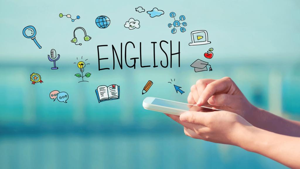 電卓でEnglishという言葉や他のアイテムをたたき出している合成写真