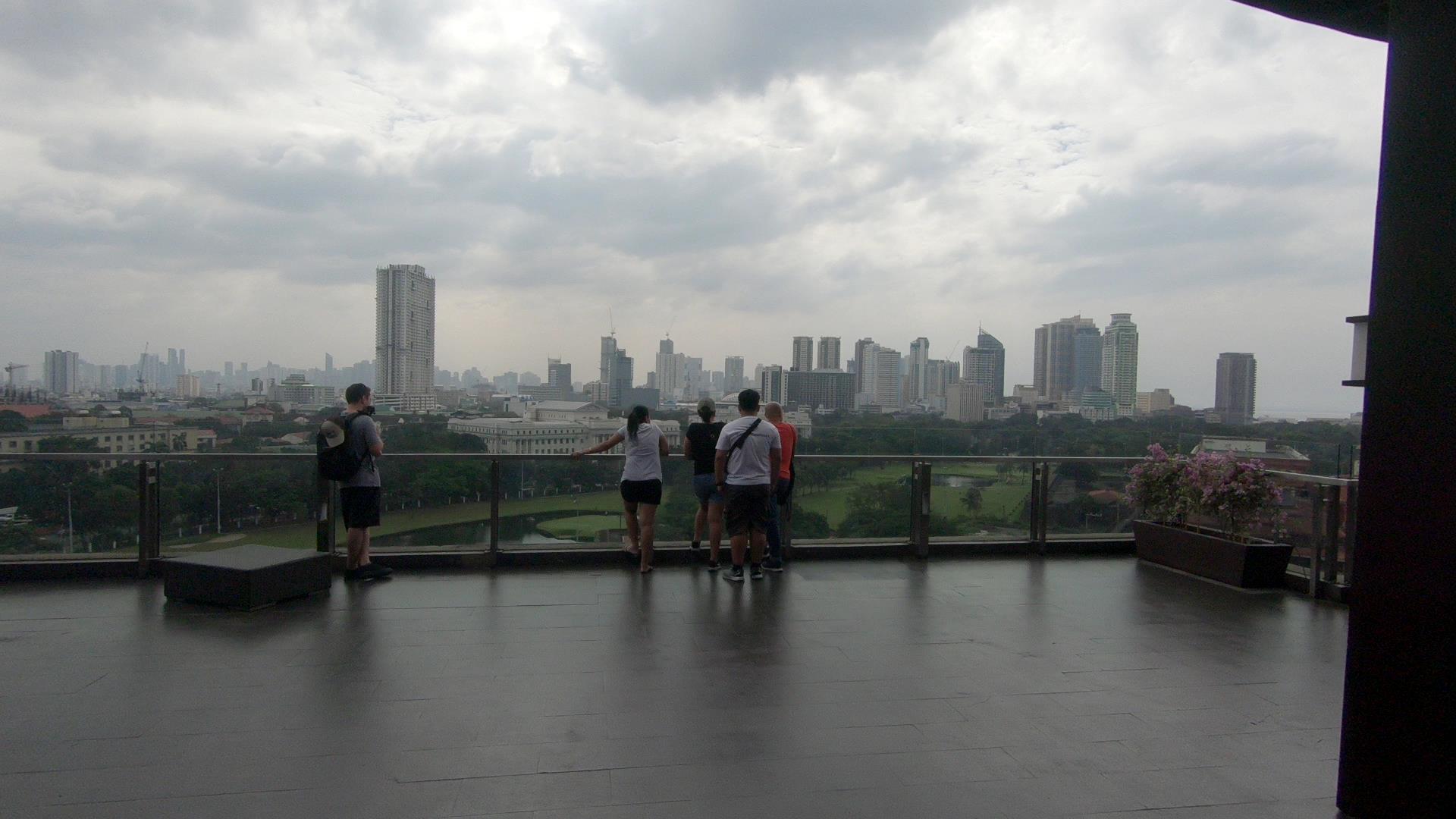 マニラ市を360度パノラマで眺める事ができるスポット