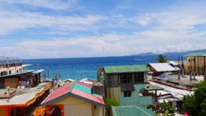 ホテル屋上からの海の眺め