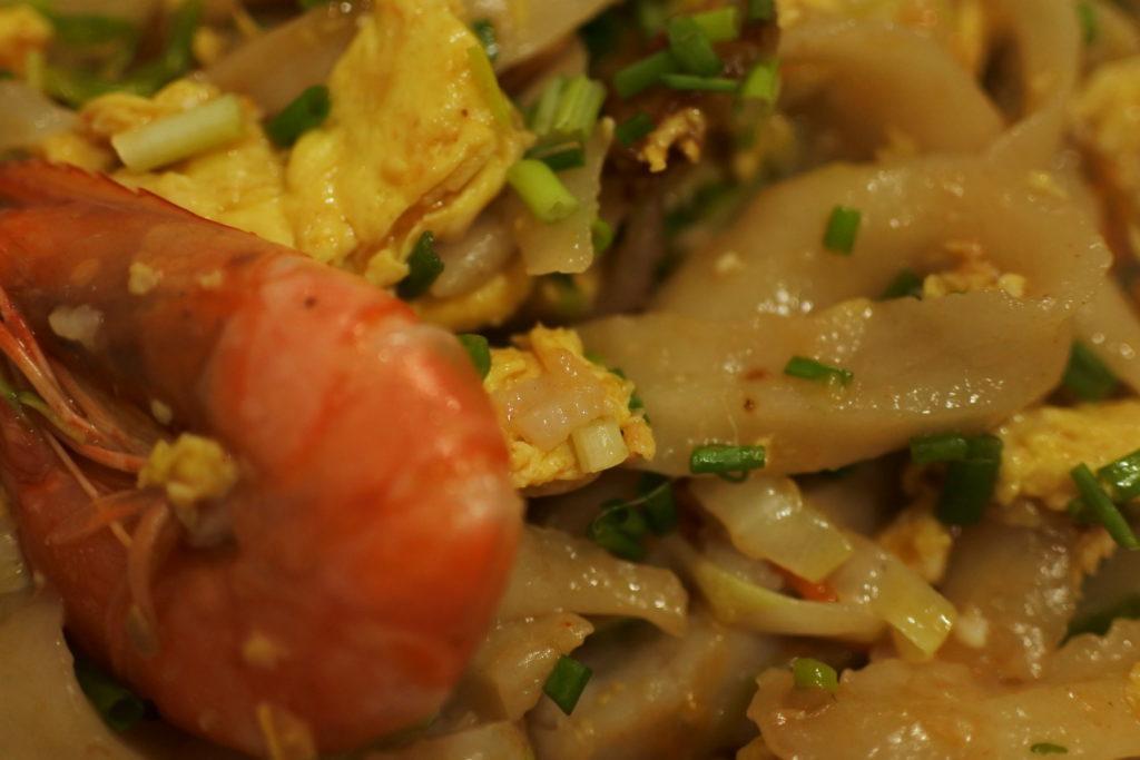 スープなし刀削麺のマクロ写真