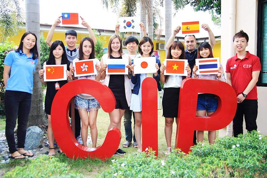 フィリピン語学学校の学生国籍比率の動向と考察