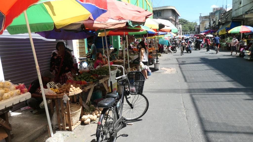 アンヘレスシティの市場