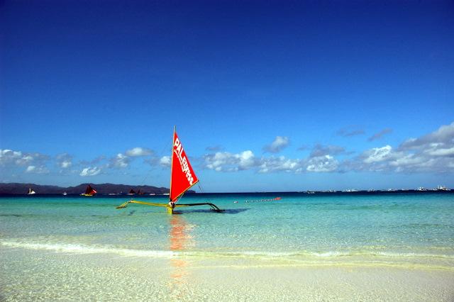 ボラカイ島の海岸