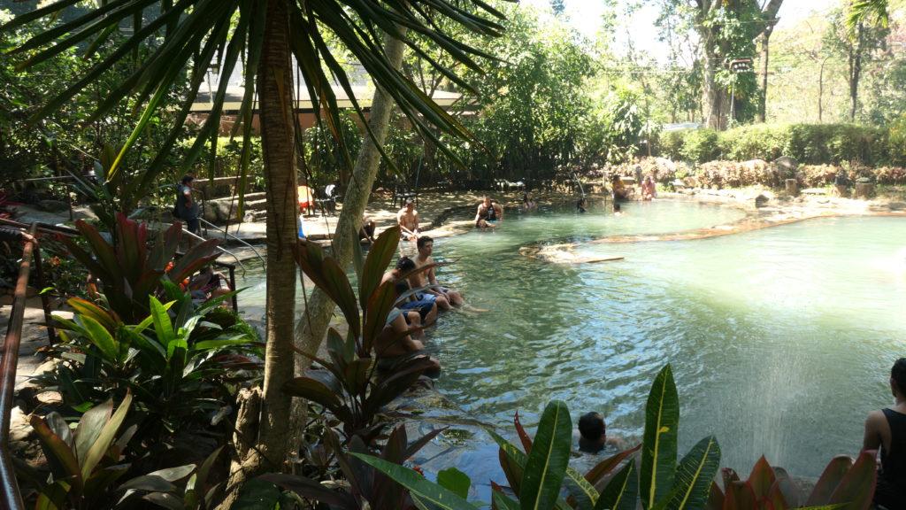 マンブカルの日本式温泉