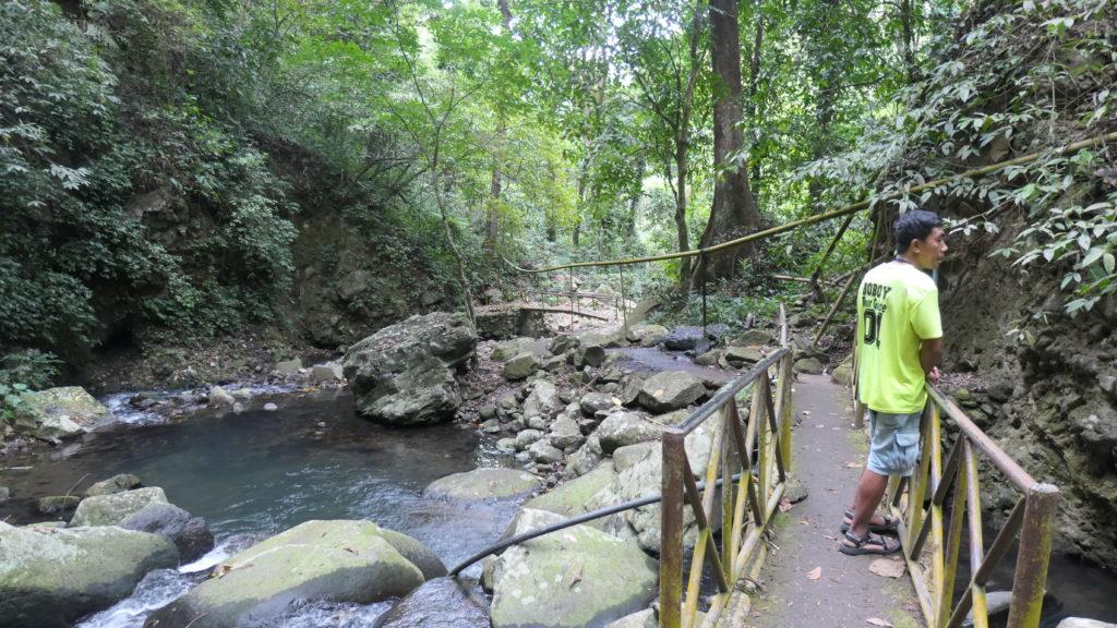 マンブカル山